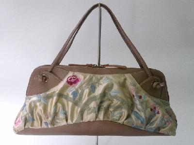 『ガーデン刺繍ハンドバッグ』
