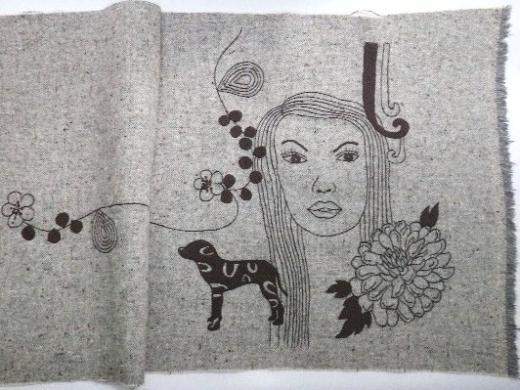『顔柄』刺繍バッグ