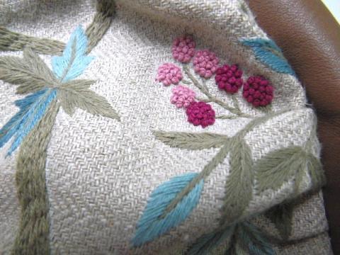 薔薇と木のガーデン刺繍