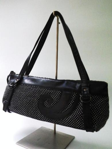 筒型ハンドバッグ