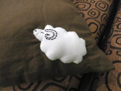 羊のクッション