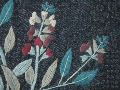 薔薇とフリージア刺繍