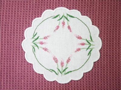 刺繍コースター。『イヌタデ』