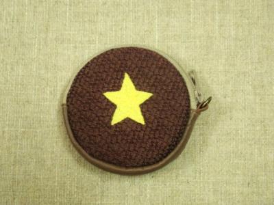 丸い小銭入れ・星の刺繍
