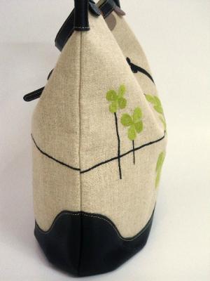 地平線刺繍ショルダーバッグ