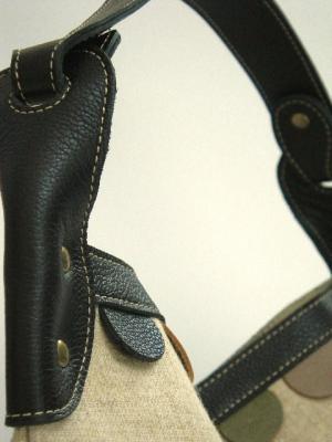 きりん刺繍ショルダーバッグ、持ち手