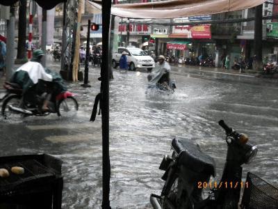 ホーチミンの洪水