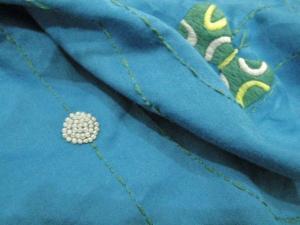 手刺繍スカーフ、フレンチノット