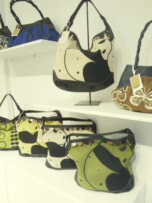 刺繍バッグ、パンダ