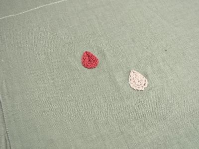 水滴の刺繍
