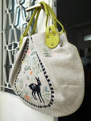 丸底トートバッグ・バンビ刺繍