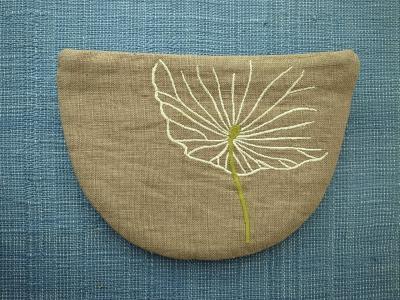 刺繍、蓮の葉