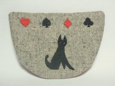 トランプの猫刺繍