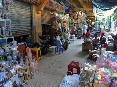 チョロンのビンタイ市場 Cho Binh Tay