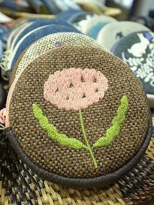 甘い花刺繍