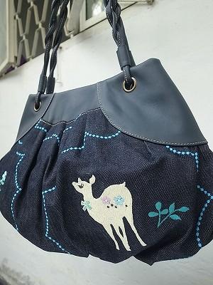 バンビ刺繍