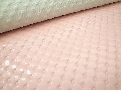 ピンクの合皮