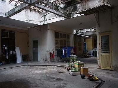 ホーチミン 古いアパート
