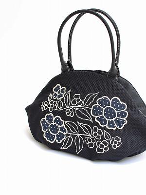 レトロフラワー刺繍アーモンドバッグ