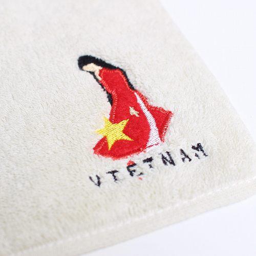 ベトナムお土産ブランド『サイゴンチェア』のタオルハンカチアオザイ刺繍