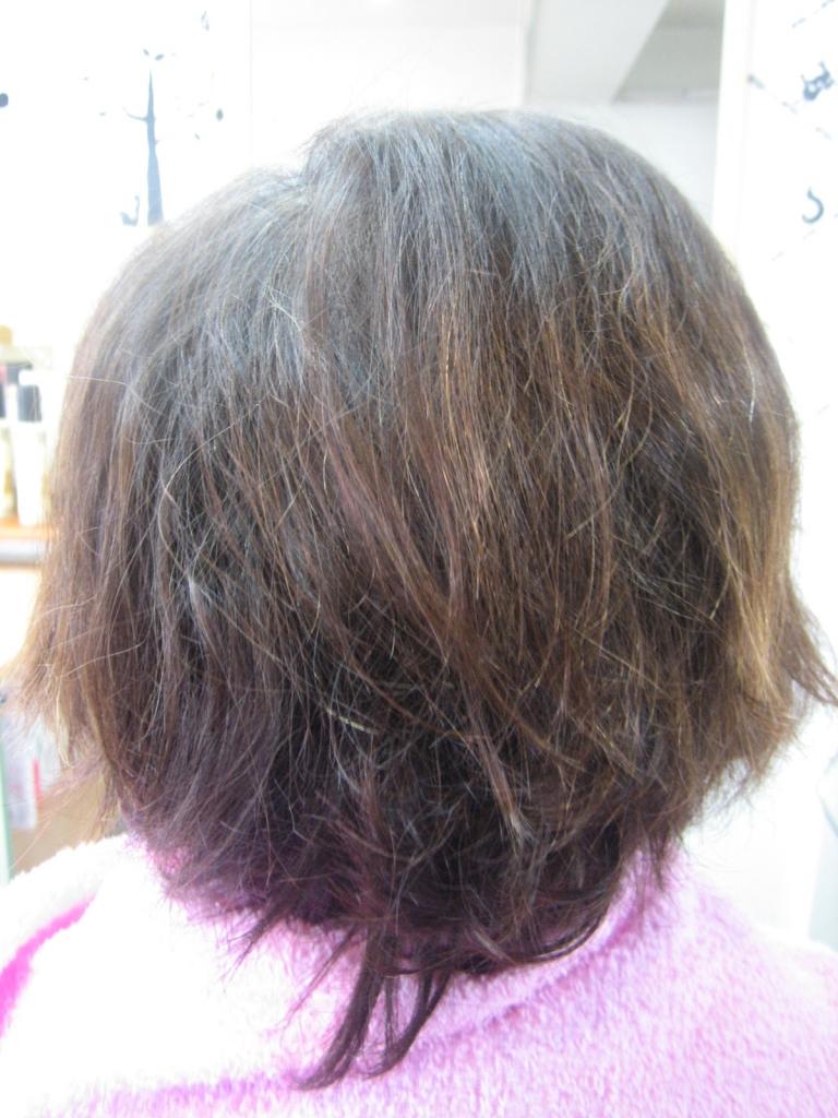 髪の量が少ないヘアスタイル 60代 70代