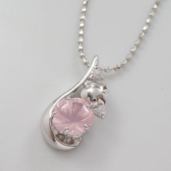 桜ネックレス