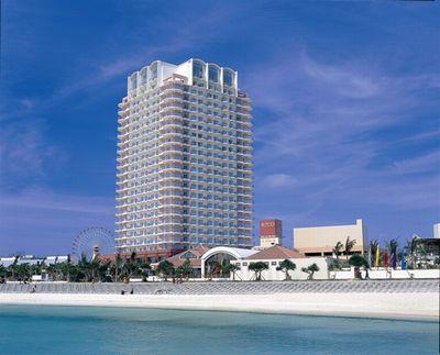 beachtowers.jpg