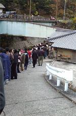谷川米穀店の行列1