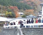 谷川米穀店の行列2