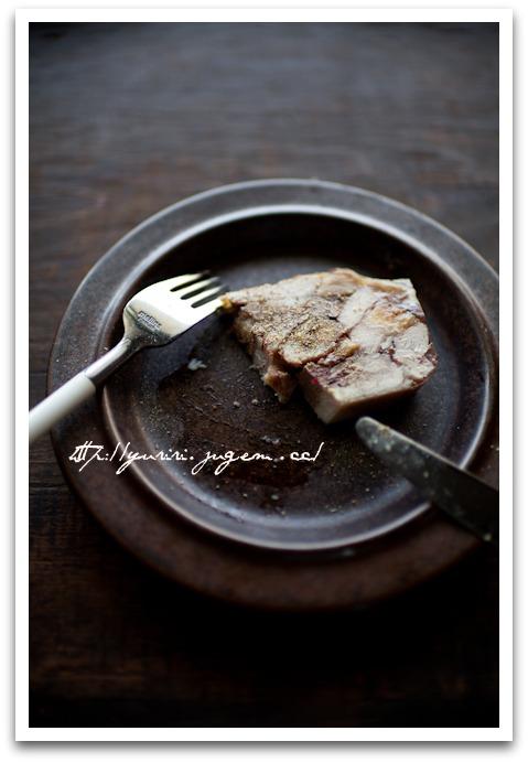 20110522鶏肉と鶏レバーのテリーヌ イチジク入り-8.jpg