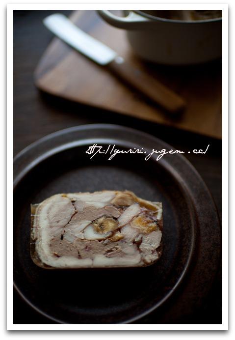 20110522鶏肉と鶏レバーのテリーヌ イチジク入り-7.jpg