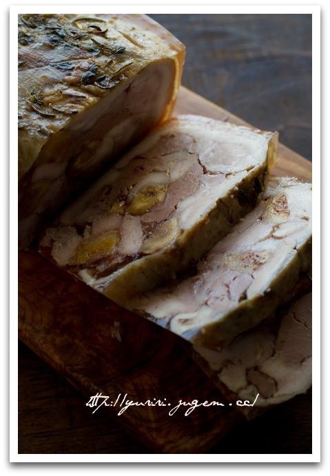 20110522鶏肉と鶏レバーのテリーヌ イチジク入り-3.jpg