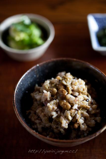 20120215 秘伝(青大豆)納豆-4.jpg