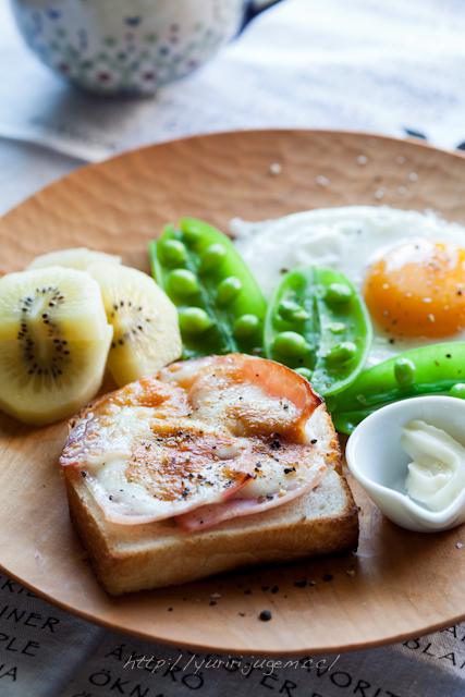 20120513 山食でチーズトースト.jpg