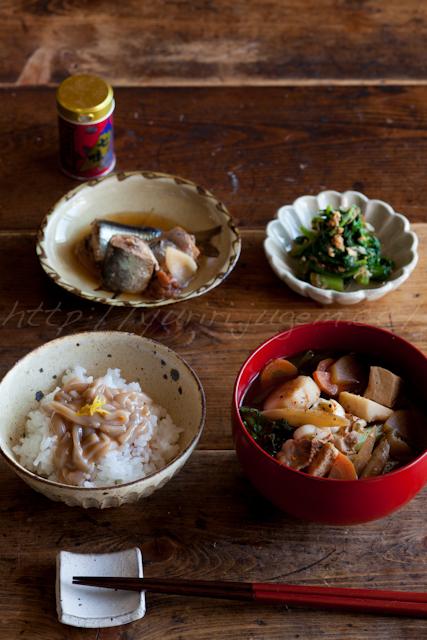 20121108朝昼ご飯.jpg
