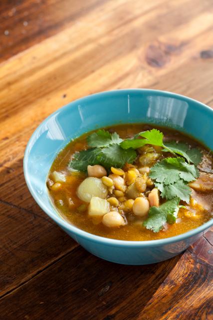 20121127レンズ豆とひよこ豆のカレー風味スープ-2.jpg