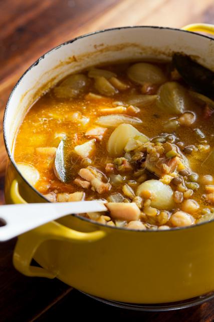 20121127レンズ豆とひよこ豆のカレー風味スープ.jpg