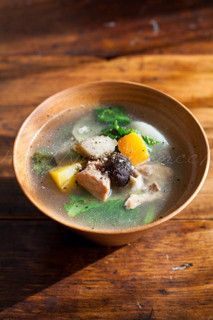 20121205塩麹鶏と根菜の生姜スープ.jpg