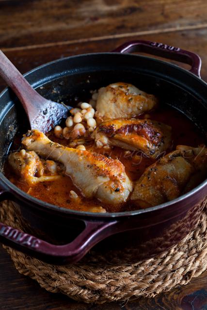 20121225塩麹鶏と白インゲン豆のトマトジュース煮込み.jpg