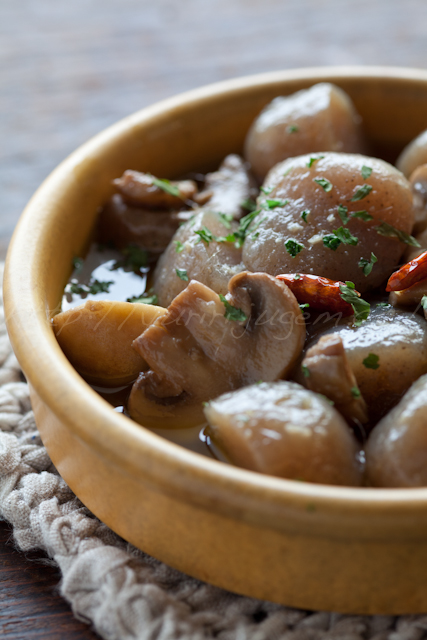 20130802玉蒟蒻とマッシュルームのオイル煮-3.jpg