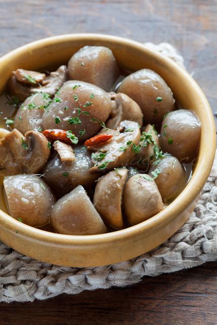 20130802玉蒟蒻とマッシュルームのオイル煮-2.jpg