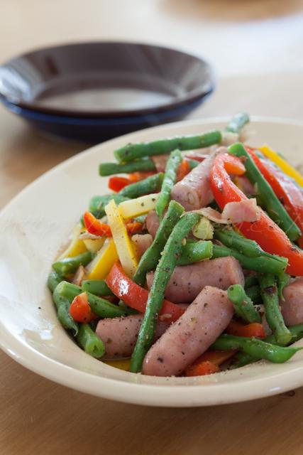 20141008野菜とソーセージの炒め.jpg