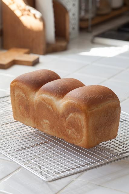 20150321山食パン.jpg