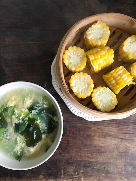 20170902トウモロコシとスープ.jpg