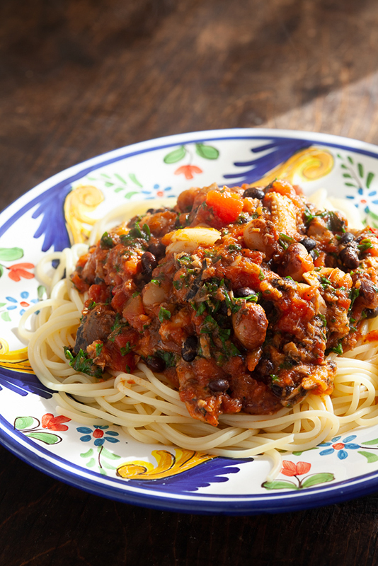 オイルサーディンと豆のトマトパスタ.jpg