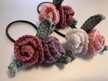 かぎ編み 巻きバラヘアゴム