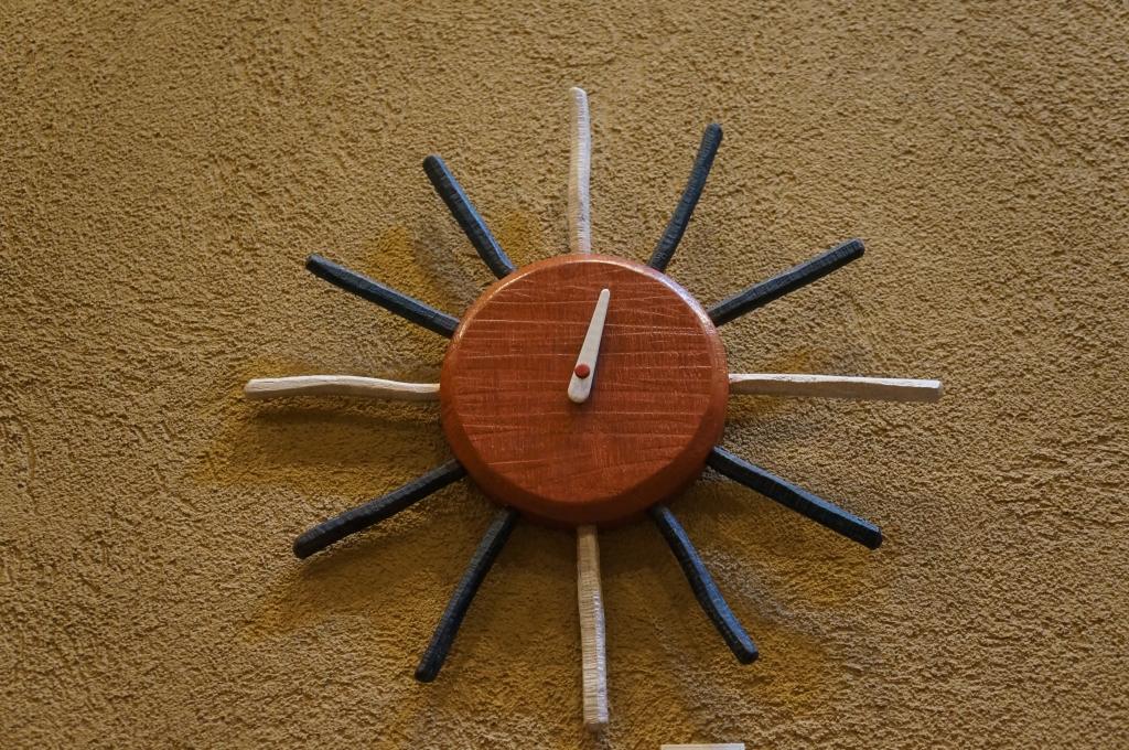 掛け時計 SUN