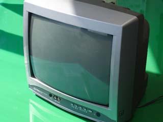 小型ブラウン管テレビの画像