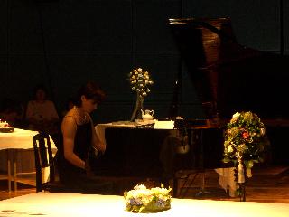 ピアノ演奏/柴田由美子