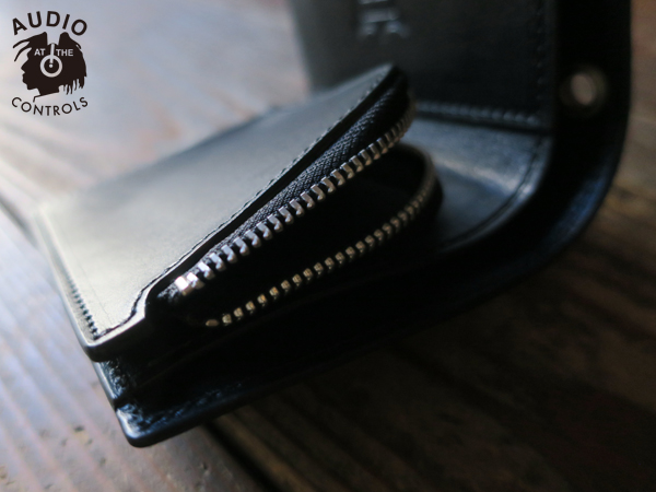 メタルジャケット METAL JACKET / STARBURST STUDS MIDDLE WALLET